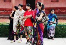 印度旅游部长:安全起见 外国女游客别穿短裙(图)-新华侨报