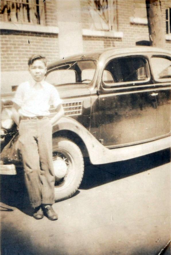 图片 2 谭锦照1937年在渥太华的第一张照片(Peter Hum提供)