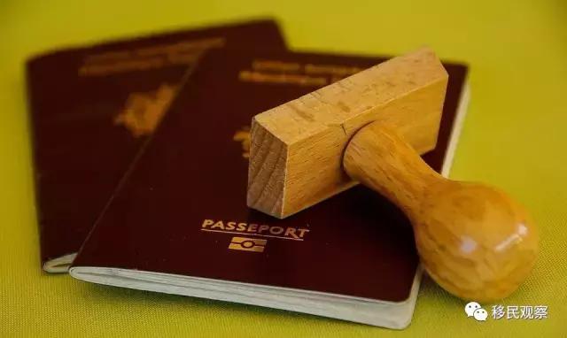 移民后还能继续持有中国护照吗?